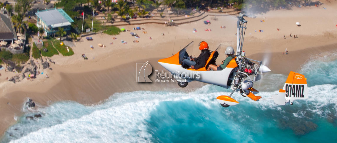 Gyrocopter in Reunion Island